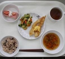 3月12日 卒園お祝い献立によるお昼ごはん